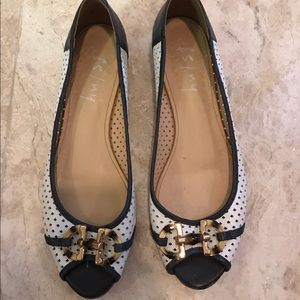 FS/NY white and navy peep toe sandals with buckle
