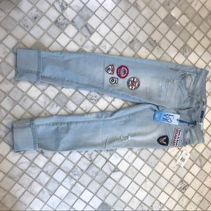 Trendy jeans with patches NWT