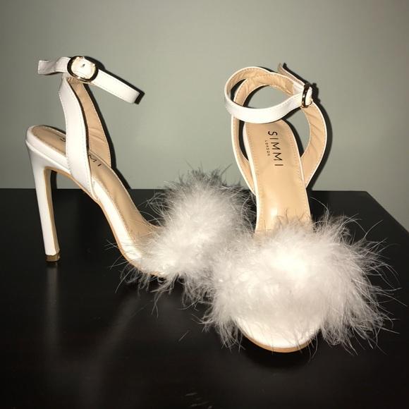 460474edb137 White fluffy heels