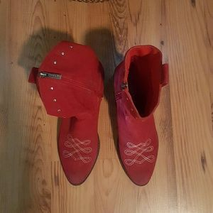 2 Lips Too Shoes - Cute and fun red cowgirl boots