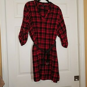 New Look Dresses & Skirts - New Look Flannel red anx black dress free belt