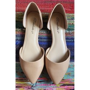 Breckelles Shoes - BRECKELLE'S | Taupe Pointy Flats