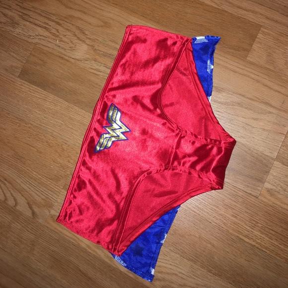 Wonder Woman Costume Bottom This Is New Wo Tags Medium -9246