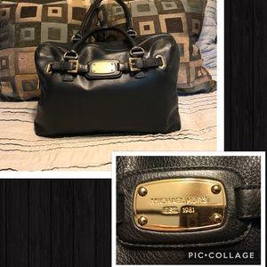Michael Kors Handbags - Michael Kors leather weekender
