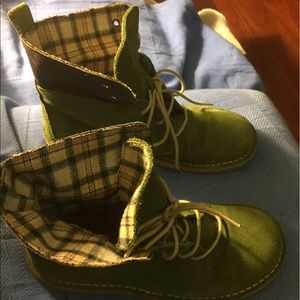 Shoes - Green suede boots