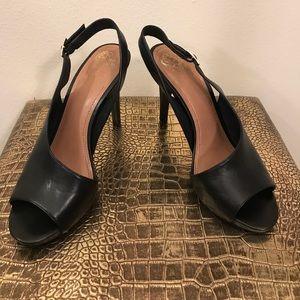 Vince Camuto Shoes - VC Black Slingback heels ⚡️Make an Offer⚡️