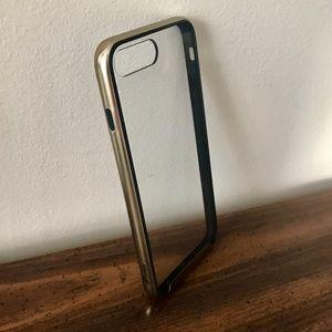 MaxAce Accessories - NWT iPhone 7+ MaxAce Essence Case