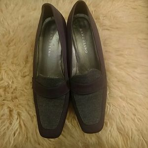 Bandolini size 6N brown/gray shoes