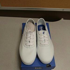 Keds Other - Keds Girls Champion White CVS Sneaker