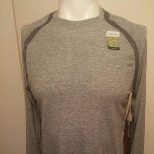8abb2a07 Men's Saucony Freedom Long Sleeve Shirt NWT