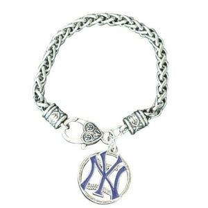 Jewelry - New York Yankee Charm Bracelet