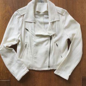 South Moon Under Jackets & Blazers - HOST PICK! South Moon Under zippered jacket
