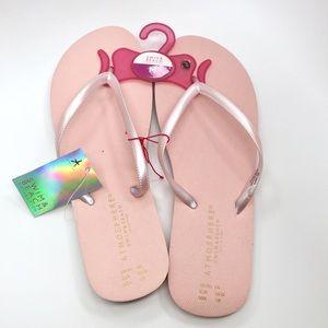 Shoes - Cute pink flip flops