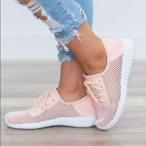 Shoes - Hot selling running 🏃 sneaker 👟