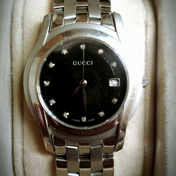 f9812ce85d5 Gucci Other - Gucci 5500M watch with diamond accents