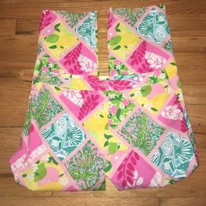 Lilly Pulitzer Pants - Lilly Pulitzer Patchwork Pink Capris Size 6