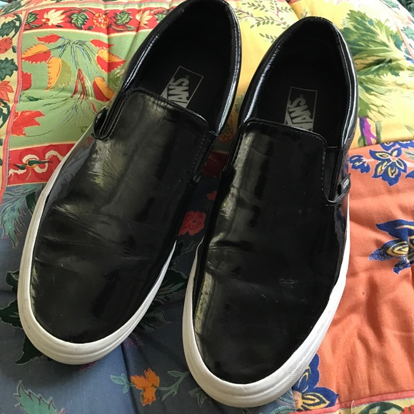 088cf84313 Glossy Black Vans Slip Ons. M 5942d7d6fbf6f9b7b200f821