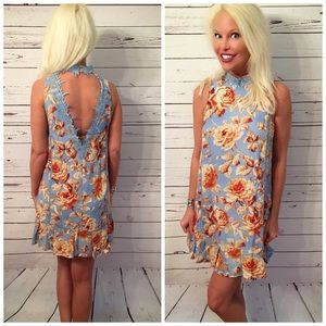 Sizes Added! back lace detail Floral dress!