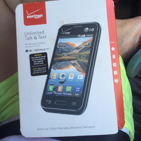 Prepaid Verizon phone LG OPTIMUS ZONE 2
