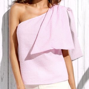 Tops - 🌸🌸Pink and White gingham one shoulder top! 🌺🌺
