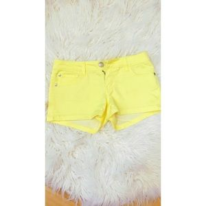 Celebrity Pink Pants - Canary Yellow Celebrity Pink Summer shorts 💛🌼