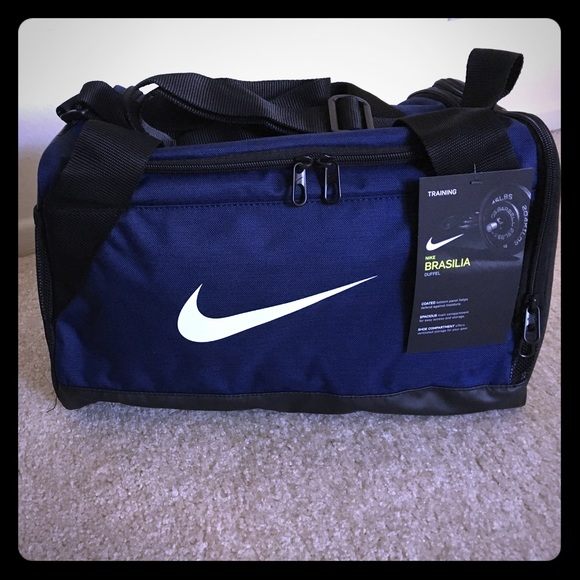 16aeae89e691 Nike Brasilia Duffel Extra Small NWT - NAVY BLUE