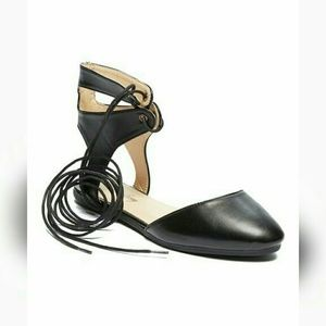 Shoes - Ladies high ankle lace up flats