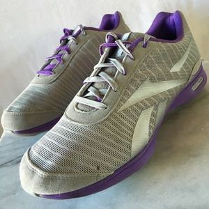 938360b41 Reebok Shoes - 💧PRICE💧 Reebok EasyTone Lead Fitness
