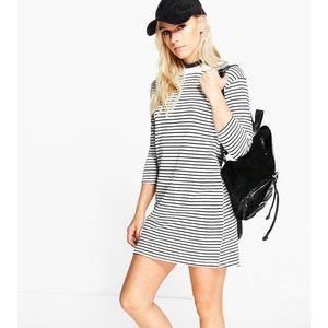 Boohoo Petite Dresses & Skirts - New black and white striped 3/4 sleeve Tee dress