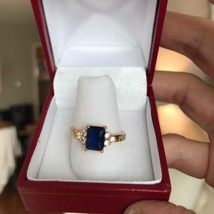 Jewelry - Gold Emerald cut ring!