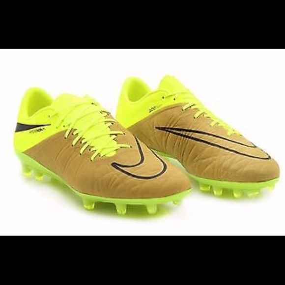 cd586aa5ee24 Nike Hypervenom Phinish Tech Craft FG Soccer Cleat