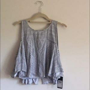NWT guess top