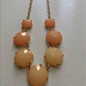 Jewelry - Peach & gold necklace