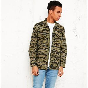 Obey 'Dissent' Military Jacket Tiger Camo Green XL