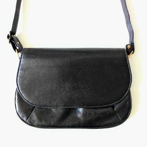 vintage 60s pleated faux leather shoulder bag