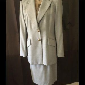 Escada Jackets & Blazers - Escada Margaretha Ley skirt/jacket suit Sz 10