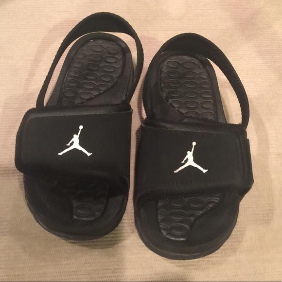half off 29f4c adbe9 🆕!! Kids Jordan sandals NWT