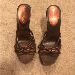 Two Lips Shoes - Strapped heels brown sequin