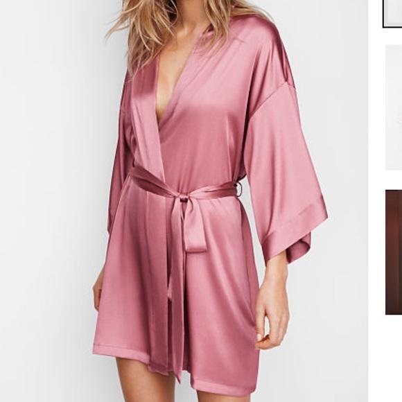 Victoria's Secret Dark Blue Satin Kimono Robe NWT XS//S M//L New With Tags
