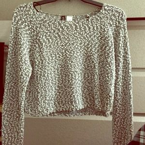 H&M cropped top half sweater