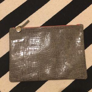 Clare Vivier Handbags - Clare V flat clutch