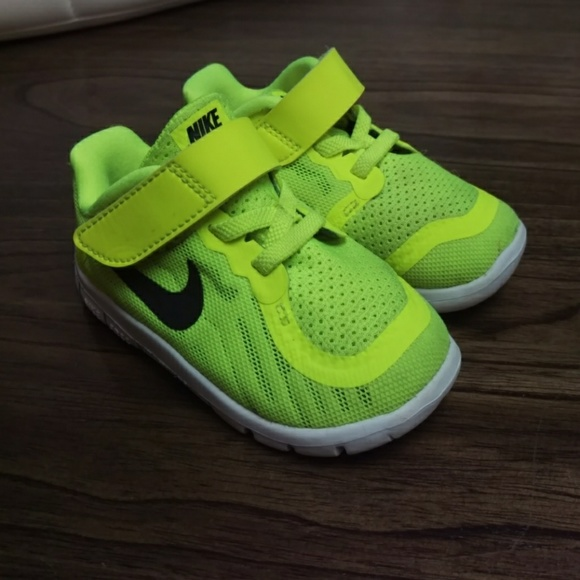 nike toddler boy s nike free 5 0 athletic shoes from
