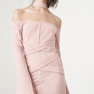 Lavish Alice Dresses & Skirts - Deconstructed Collar Dress in Dusty Pink Knit