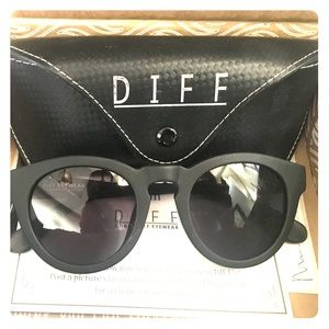 Diff Eyewear Accessories - DIFF Sunglasses