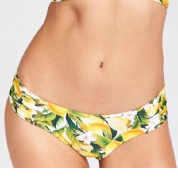 Show me your bikini