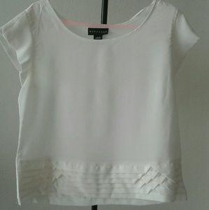 Metaphor Staple white blouse
