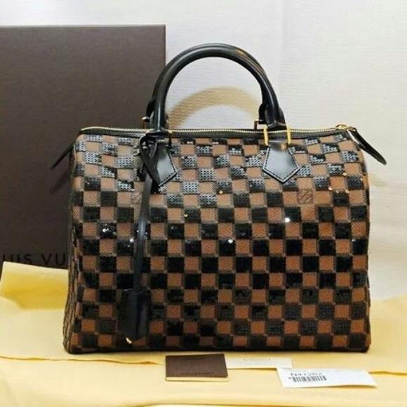 ec3651a4777 Louis Vuitton Handbags - Limited Edition Louis Vuitton sequins speedy 30!😍