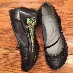 Jambu Shoes - 🆕 Jambu Sport Wedge, Black and Grey
