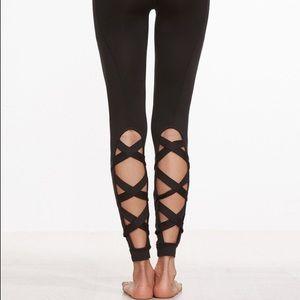 Shein Pants - Leggings