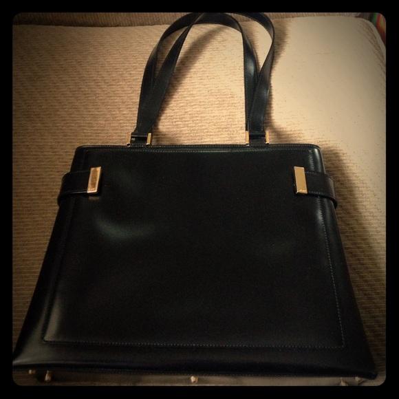 ca01bd21496 Gucci Handbags - vintage GUCCI black leather bag